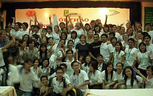 GNOME.Asia Summit 2009 has over 100 volunteers full of energy